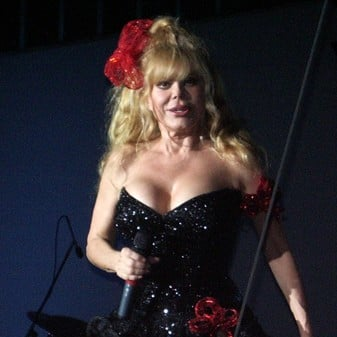 charo spanish american immigrant