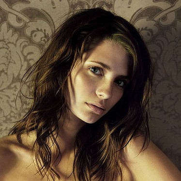 mischa barton english american immigrant