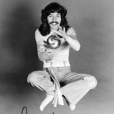Doug Henning, Canadian American immigrant
