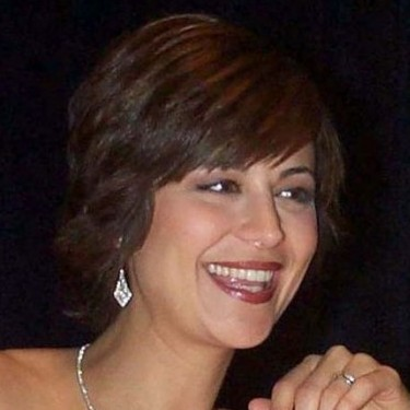 Catherine Bell, English American immigrant of Iranian descent