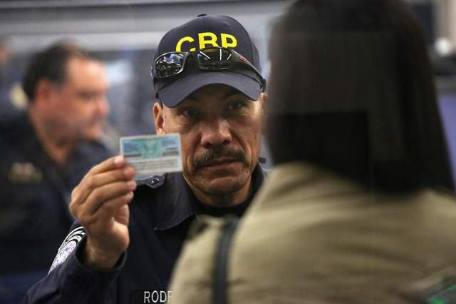 CBP officer holds an expired green card