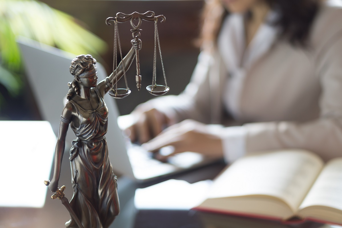 Find an Immigration Attorney - Affordable & Smart | CitizenPath