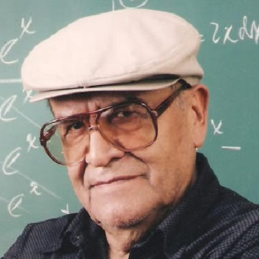 Jaime Escalante, Bolivian American immigrant