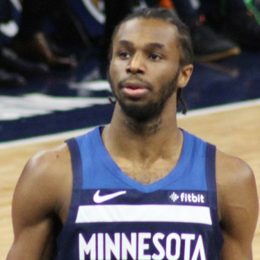 Andrew Wiggins, Canadian American immigrant
