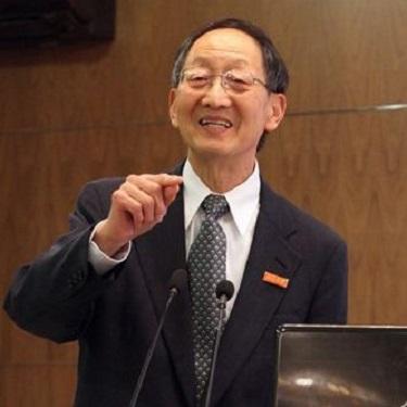 Daniel Tsui, Chinese American immigrant