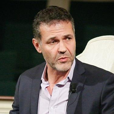 Khaled Hosseini, Afghan American immigrant