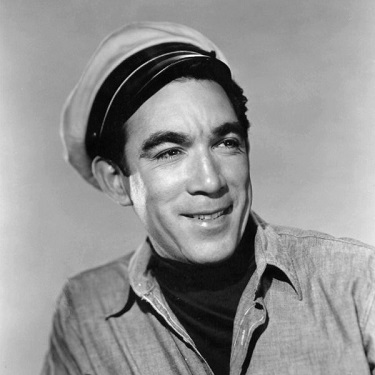 Anthony Quinn, Mexican American immigrant