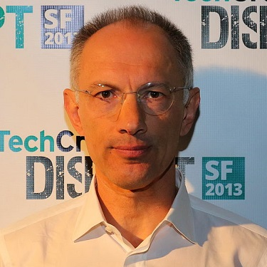 Sir Michael Moritz, British American immigrant